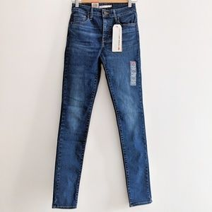 Levi's 721 high rise skinny jeans, NWT!